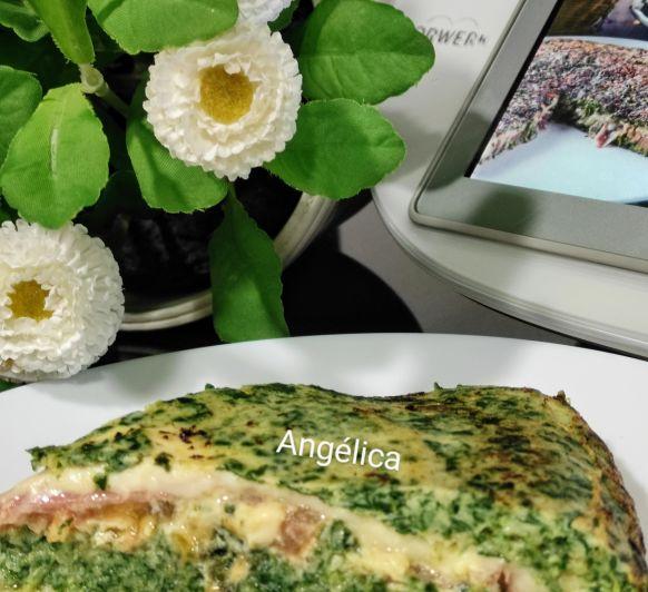 Tortilla de acelga rellena de tomate, queso y jamón serrano con Thermomix®