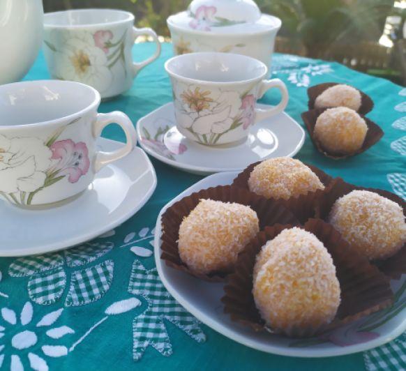 Bolitas de coco y boniato sin azúcar